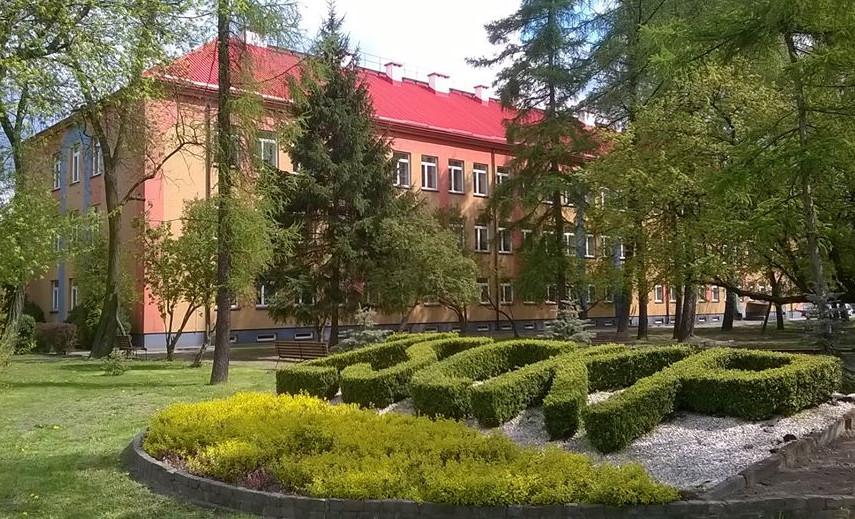 Zdjęcie szkoły ZSCKP